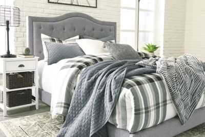 Jerary Queen Upholstered Bed Gray In 2020 Upholstered Beds