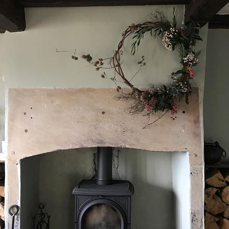 Berry And Herb Wreath I Like To Keep Christmas Natural And Incorporating The Fresh Thyme And Lavender Means I Ge Herb Wreath Lavender Meaning Fireplace Wreath