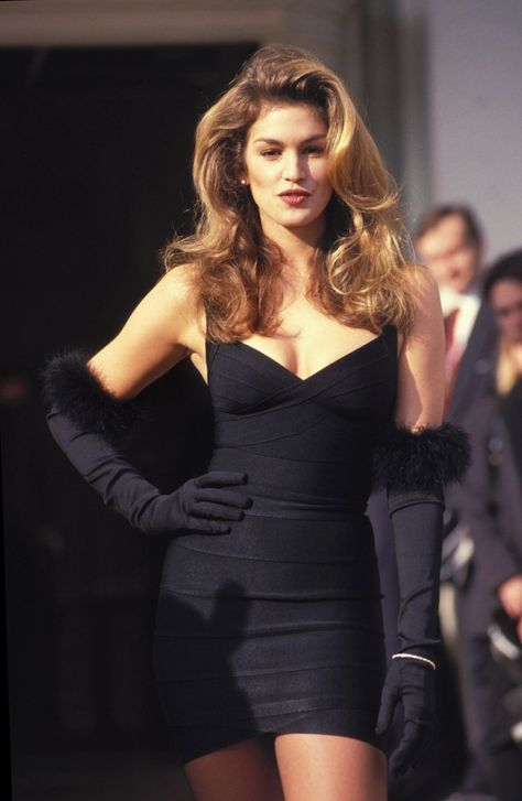 supermodels Celebrities in Gloves Cindy Crawford