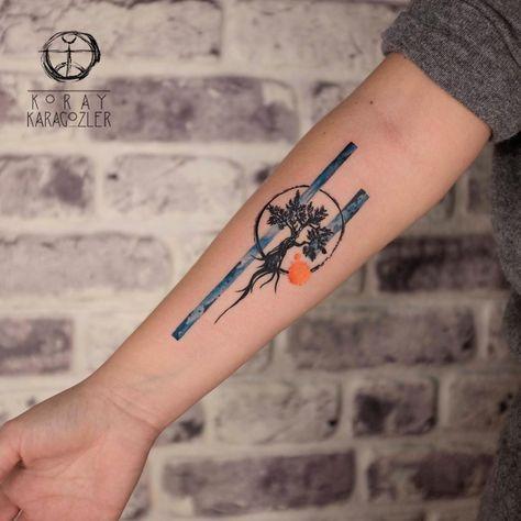 "5,195 Me gusta, 22 comentarios - KORAY • KARAGÖZLER (@koray_karagozler) en Instagram: ""• O L I V E • T R E E •  #watercolor #geometric #olive #teee #tattoo #watercolortattoo #treetattoo…"""