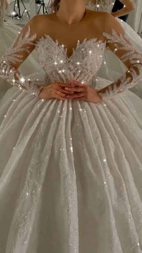 Extravagante Wedding Dresses With Sleeves, Sparkly bridal Dresses Online