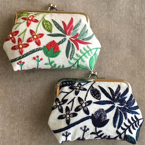 Flame Embroidery Patent Leather Coin Purse with 8 Key Chain