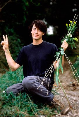 Keanu Reeves' Style Evolution, From Grunge Heartthrob To Ageless Wonder Keanu Reeves Young, Keanu Charles Reeves, Keanu Reeves Tumblr, How To Disappear, Films Cinema, Keith Richards, Rare Photos, Celebrity Crush, Celebrity Photos