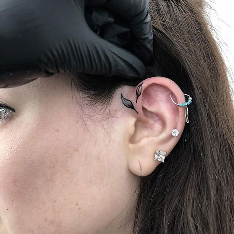 Subtle Ear Tattoo DesignYou can find Ear tattoos and more on our website. Inner Ear Tattoo, Inner Ear Piercing, Ear Piercing Studs, Ear Piercings, Back Ear Tattoo, Face Tattoos, Mini Tattoos, Body Art Tattoos, Small Tattoos