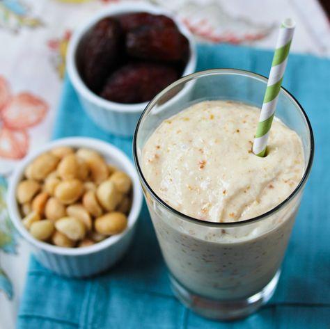 Mango, Papaya, Coconut, Banana, Macadamia Nut, Date Smoothie. Whoa.