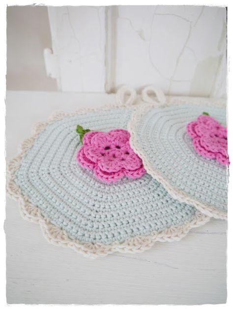 versponnenes: crochet potholders