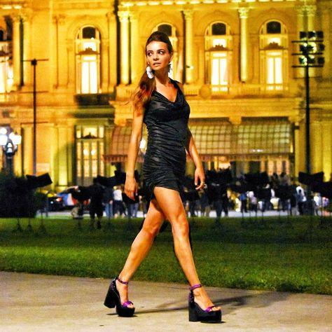 #sandalias #destiny #violet 🔥🔥 30%OFF ➕ 3 cuotas sin interés! Pedinos el link de compra, por mensaje privado 👌 Envíos a todo el país! . #showroom #santelmo . . #shoesoftheday #shoestyle #outfits #night #zapatos #zapatosdemujer #zapatosdeautor #zapatosveganos #crueltyfreefashion #crueltyfreeshoes #vegangirl 💚 #she @letichar #ph @edgardosimple #makeup @maru.olmedo_make_up_studio #hairstyle @micax99