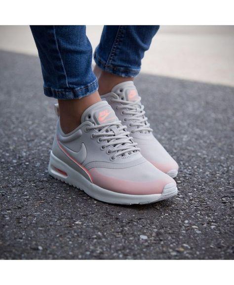 Couleurs variées 9ddb2 2b08a Chaussure Nike Air Max Thea Loup Gris Rose | Shoe Diva en ...