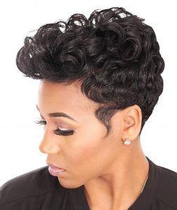 Kurze Frisuren Fur Schwarze Frauen Seien Sie Suss Und Naturlich Im Jahr 2018 Frisuren Fur Schwarze Frauen Afro Flechtfrisuren Styling Kurzes Haar