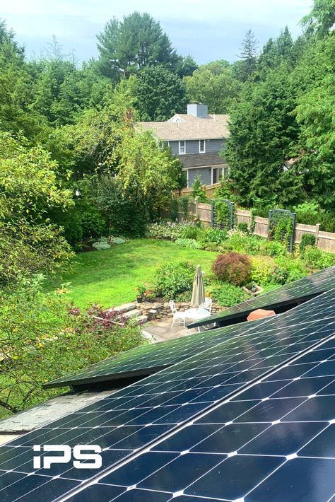 A Beautiful Yard And A Beautiful New Sunpower Solar Array For This Homeowner In Concord Massachusetts The In 2020 Solar Power House Free Solar Solar Installation
