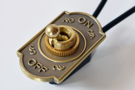 Switch Cover 103 Antique Brass Schlussel Schloss Co Antique Brass Cover Schlusselschloss Switch Rohrleuchte Lampen Und Leuchten Lampe
