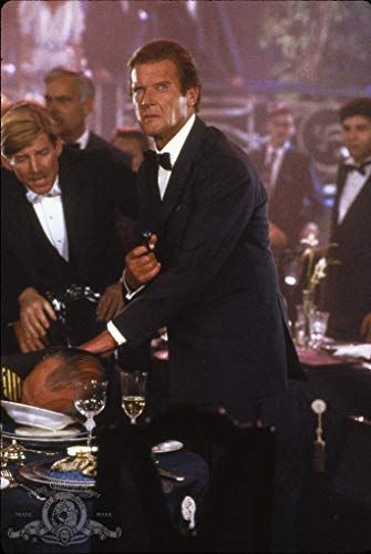 A View To A Kill 1985 With Images James Bond Movies James