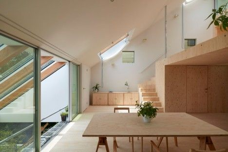 Una Casa Giapponese Moderna Plywood Interior House Architecture