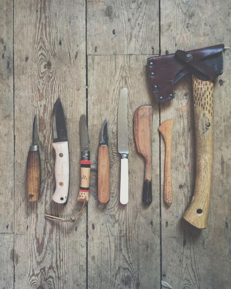 hatchetandbear:  Straight-edge line up. Just having a tea break and tidying my 'essentials kit' box in the van. These are all the straight-edge tools that I carry with me.  L-R: very worn Mora 106. Ben Orford Trapper-special commission. H+B x Opinel 2013. H+B Pixie - English Elm. Vintage Sheffield butter knife. H+B Butter Knife - '14/15. H+B Spreader '13. Gransfors Bruks WL Hatchet.  Carving wooden utensils and making good food 〰#vanlife