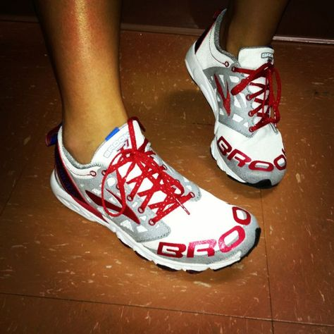 Brooks running shoes. Support awareness of ALS.. Love them!!