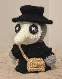 Ravelry: Plague Doctor Amigurumi pattern by Akabeko Botan Halloween Crochet Patterns, Crochet Animal Patterns, Crochet Patterns Amigurumi, Stuffed Animal Patterns, Amigurumi Doll, Crochet Animals, Crochet Dolls, Knitting Patterns, Crochet Stuffed Animals