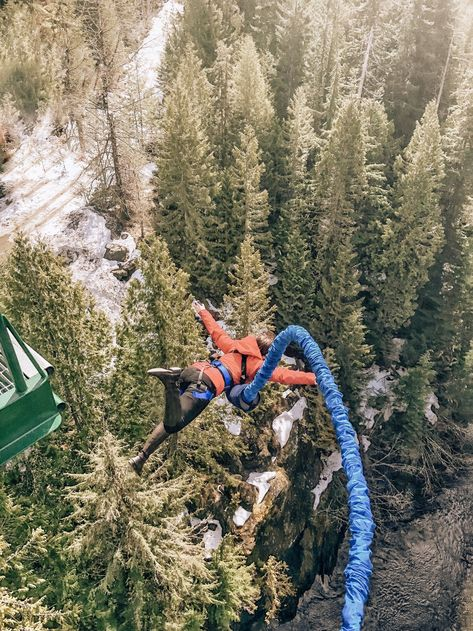 bucket list photography The best adrenaline activities in Whistler in both summer and winter include bungee jumping. Thrill seekers should also add skydiving and zipline tours to their bucket list when planning a mountain getaway to Canada. Bungee Jumping, Jumping Gif, Adventure Bucket List, Adventure Is Out There, Whistler, Adventure Awaits, Adventure Travel, Outdoor Dates, Skydiving