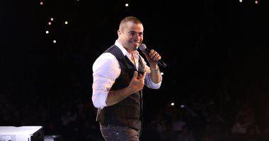 ألبوم صور حفلة عمرو دياب في جدة الجمعة 7 2 2020 In 2020 Concert