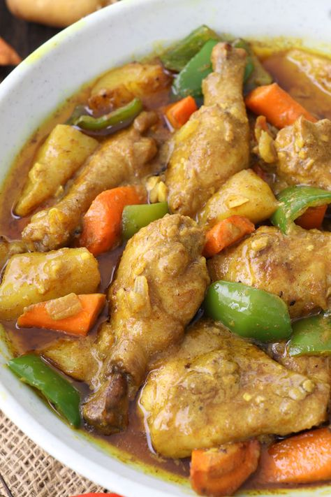 This Filipino chicken curry with coconut milk has all the wonderful flavors and a hint of spiciness. So easy to prepare, done just under 20 minutes.   www.foxyfolksy.com #curry #chicken #coconutmilk #filipino #indian #savory