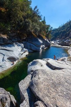 Outside Yuba City Near The South River State Park Is Lemkes Lagoon With Its Big Holes And Nice Sized Cliffs