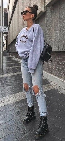 21 Best Spring Outfits Street Style for Women 2020 - Sporty Outfits Trendy Fall Outfits, Edgy Outfits, Cute Casual Outfits, Winter Fashion Outfits, Look Fashion, Spring Outfits, Fashion Style Women, Women's Fall Fashion, Autumn Outfits Women