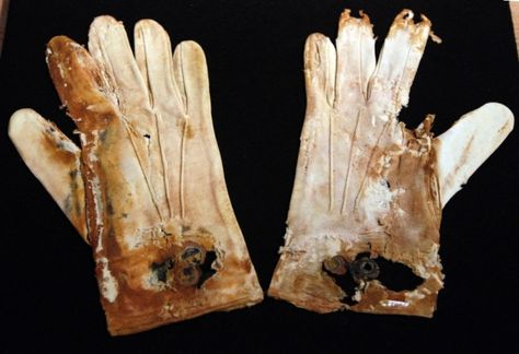 A pair of men's cotton gloves from the RMS Titanic