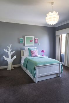 bedrooms for 10 year olds | ... this cool mint and pink room for a ...