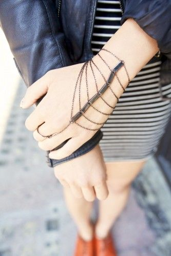 Bracelet ring chains. Combos