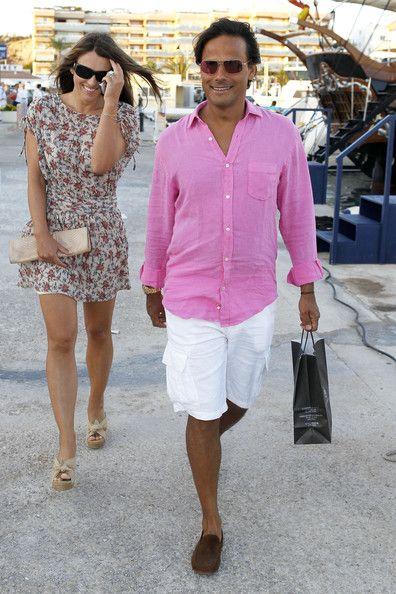 Elizabeth Hurley Photos Photos Elizabeth Hurley And Arun Nayar In Ibiza Elizabeth Hurley Day Dresses Hurley