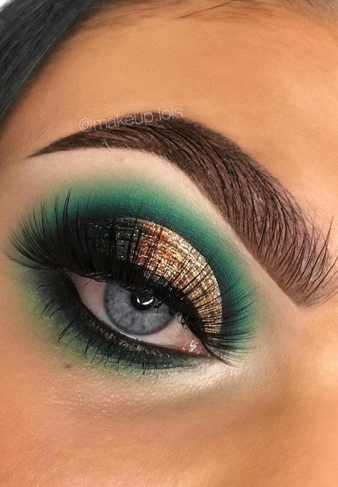 Simple Christmas Makeup Pinterest Hashtags, Video and Accounts
