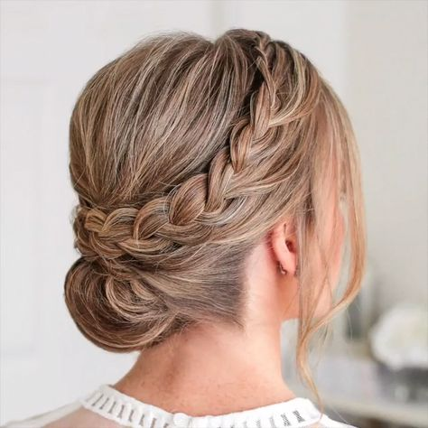 braided hairstyle video #braidstyles #hairtutorial #hairvideos #braidedhair #dutchbraids #frenchbraid #videotutorial #longhairstyles #braidedhairstyles