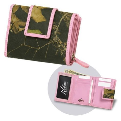 Mossy Oak Pink Leather Wallet w/Clear View ID License Window  Price : $57.99 http://www.camochique.com/Mossy-Oak-Pink-Leather-License/dp/B00GRKXV1M