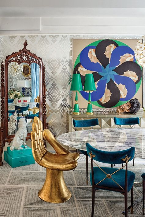 Inside Jonathan Adler and Simon Doonan's Glitz West Village Makeover is part of Decor - Adler goes for broke on a total revamp of their home—and his partner, Simon Doonan, dishes on how it all came together Jonathan Adler, Simon Doonan, Estilo Hollywood Regency, Casa Pop, Hand Chair, Eltham Palace, Wallpaper Ceiling, Silver Wallpaper, Deco Retro