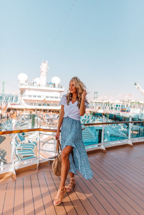 Fashion Runway All the Outfits I Wore While on our Princess Cruise - Tall Blonde Bell Summer Cruise Outfits, Cruise Wear, Vacation Outfits, Disney Cruise, Spring Outfits Travel, Beach Outfits, Smart Casual Women, Cruise Fashion, Celebrity Cruises