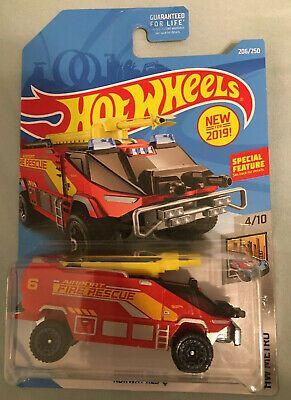 New 2019 Hot Wheels Runway Res Q Fire Truck W Special Feature Hw Metro Fyb58 Ebay Hot Wheels Fire Trucks Hot Wheels Cars