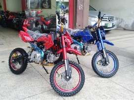 Motorcycles For Sale In Pakistan Avec Images Casques Motos