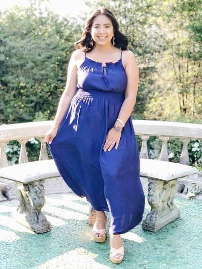 This royal blue maxi dress is perfect for event this Summer