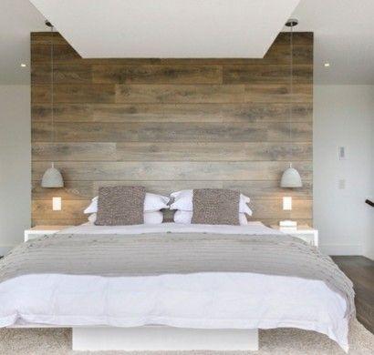 schlafzimmer dachschräge schlichtes design und grüne akzente - modernes designer doppelbett holz