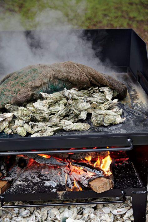 Secrets to a Southern Oyster Roast – Garden & Gun