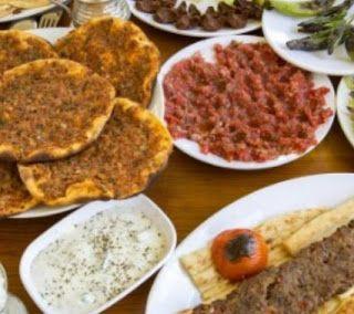 السياحة في العالم العربي مطاعم فطور في جدة الحمراء Food Beef Salami