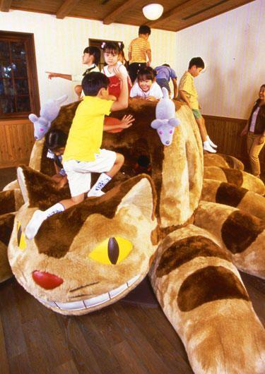 ネコバス 年齢制限 小学生以下 ジブリ 三鷹の森ジブリ美術館 ジブリ美術館