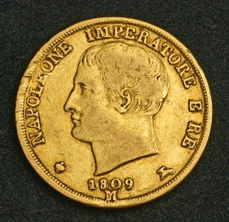 Gold Coins Images With Descriptions Gold Is A Good Investment With Increasing In Value It Is Much Better Investment Than Jus Gold Coin Image Gold Coins Coins