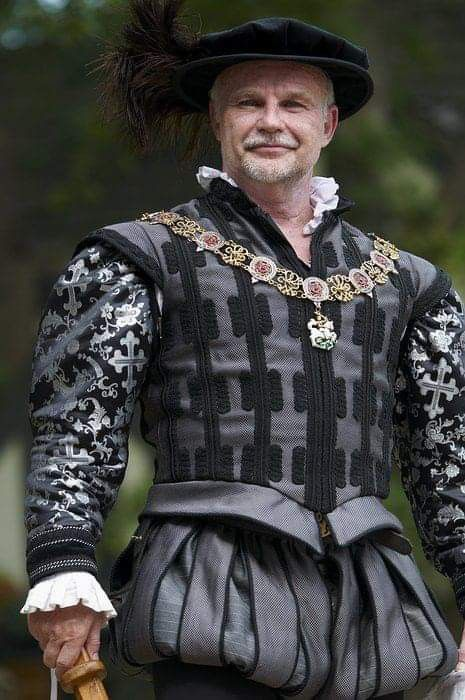 16th Century Mans Elizabethan suit of clothes and hat made