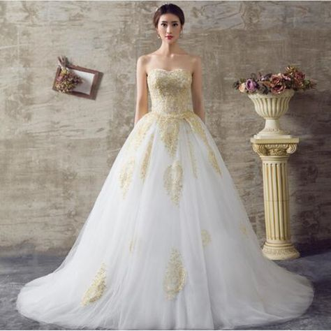2017 White and Gold Wedding Dresses A Line Sweetheart Lace Up Back Royal  Train Off the Shoulder Wedding Gowns-in Wedding Dresses from Weddings    Events on ... 9473799390f9