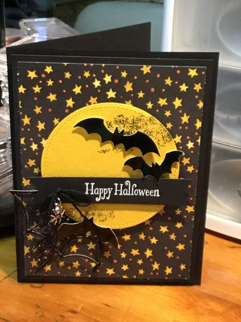 Simple Moon by ahelynck - Cards and Paper Crafts at Splitcoaststampers - halloween cards - Fun Halloween Activities, Halloween Paper Crafts, Up Halloween, Handmade Halloween Cards, Thanksgiving Cards, Holiday Cards, Rubber Stamp Company, Pumpkin Cards, Paper Pumpkin