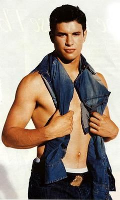 Sidney Crosby. O my goodness he is HOT