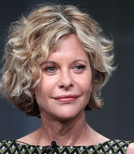 Short Hairstyles For Older Women With Thick Hair Short Wavy Hair Fine Curly Hair Thick Hair Styles