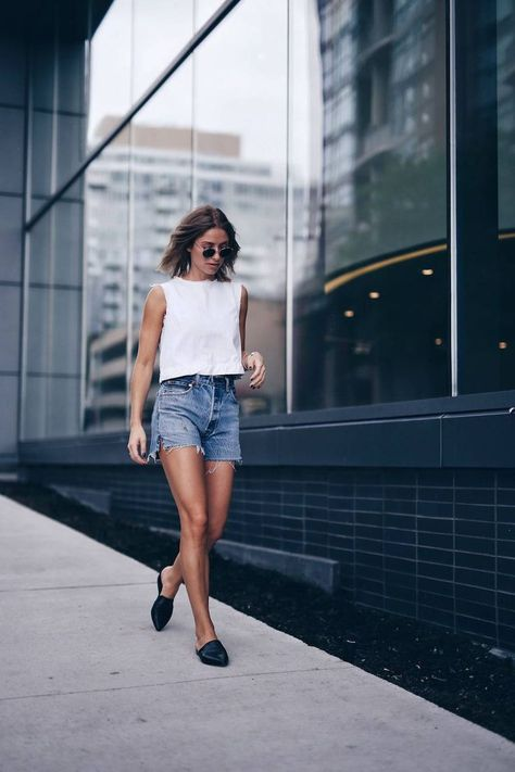 Take a look at 14 stylish ways to wear ankle boots in casual spring outfits in the photos below and get ideas for your own amazing outfits! So cute these fall outfit ideas that anyone can wear teen girls or… Continue Reading →