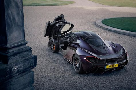 Five Years After The Million Dollar Mclaren P1 Supercar Debuted The British Automaker Invited A Handful Of Lucky Automotive Journalists To Sco Mclaren P1 Latest Cars Cars