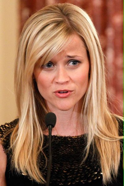 Reese Witherspoons Frisuren Cosmopolitan In 2020 Reese Witherspoon Frisuren Haarfarbe Blond Haarschonheit